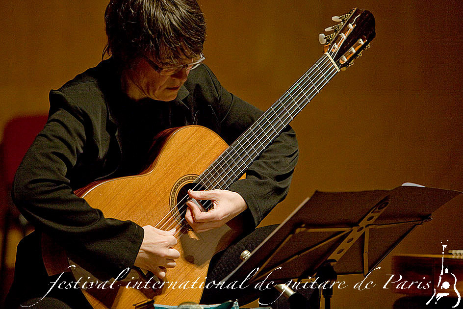 caroline_delume_7eme_festival_international_de_guitare_de-paris_2009_photographie_jacques_pasqueille_3