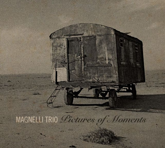 Magnelli-trio_pictures-of-moments