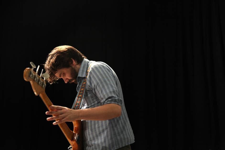 sdut-Fresh-Sound-James-Moore-2012apr05